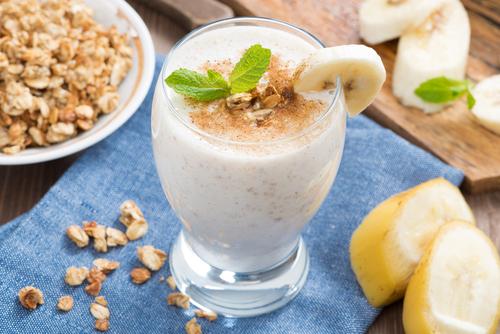 Banana Oatmeal Cinnamon Shake (for dinner)